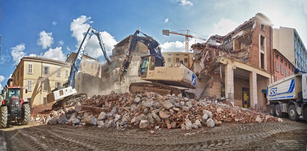 demolizione centro storico reggio emilia ditta fontanili giorgio srl